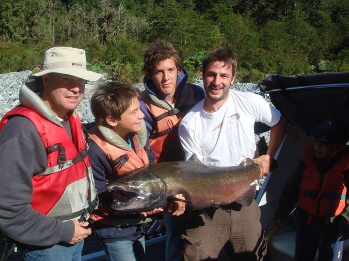 Salmón Chinook Lago Risopatrón