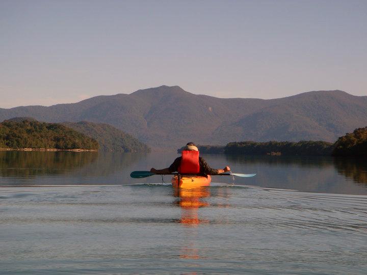 Kayak lago Risopatrón